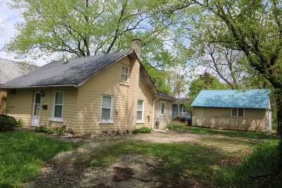Woodstock Single Family Home For Sale: 1102 Clay Street