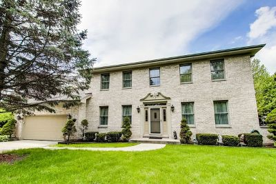 Island Lake Single Family Home For Sale: 3085 Kingston Drive