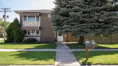 Oak Lawn Multi Family Home Contingent: 9301 South Kenton Avenue