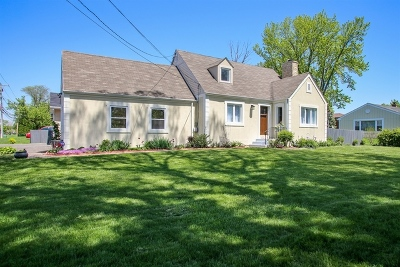 Mount Prospect Single Family Home For Sale: 3 North Westgate Road