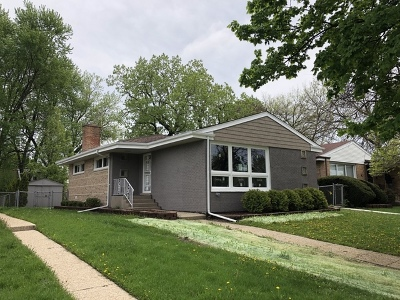 Lincolnwood Single Family Home For Sale: 7235 North Keating Avenue