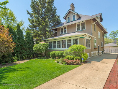 La Grange Single Family Home For Sale: 444 South Stone Avenue