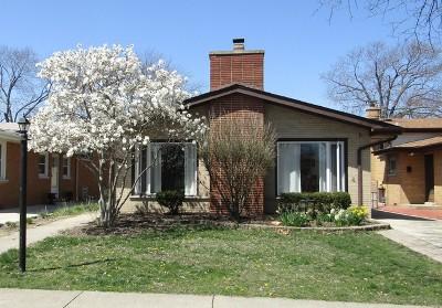 Evergreen Park Single Family Home For Sale: 9218 South Hamlin Avenue