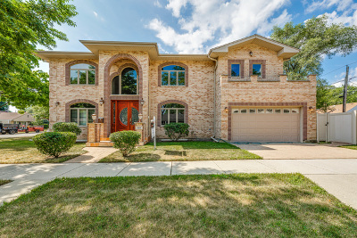 Skokie Single Family Home For Sale: 4401 Madison Street