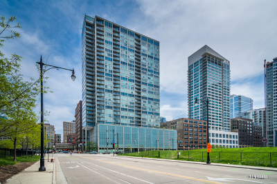Condo/Townhouse New: 611 South Wells Street #1208