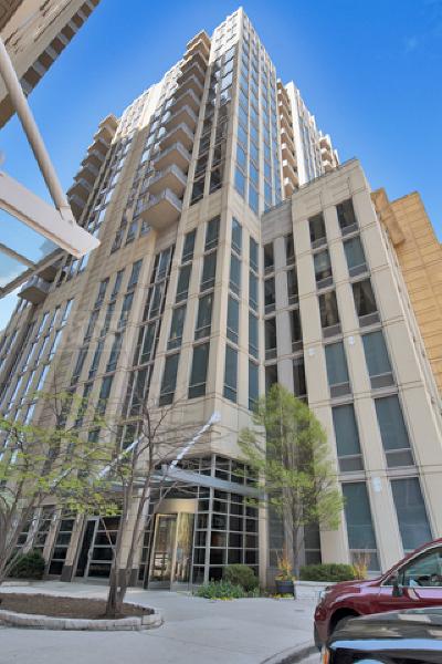 Chicago IL Condo/Townhouse New: $434,900