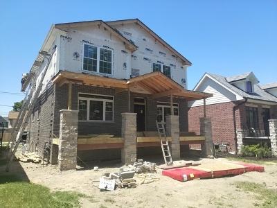 Oak Lawn Single Family Home For Sale: 9614 52 Avenue