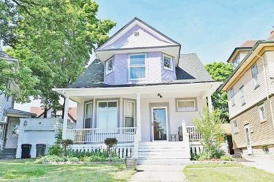 Elgin Single Family Home New: 205 Villa Street