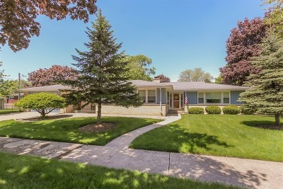 Arlington Heights Single Family Home New: 2314 East Grove Street