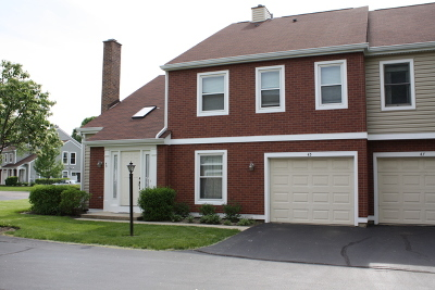 Palatine IL Condo/Townhouse New: $219,900