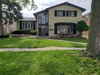 Oak Lawn Multi Family Home For Sale: 9320 South Kolmar Avenue