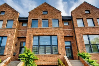 Chicago Condo/Townhouse Contingent: 7223 North Hamilton Avenue #B