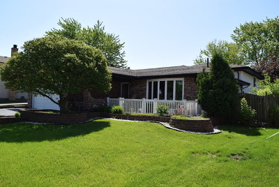 Orland Hills Single Family Home For Sale: 8837 170th Street