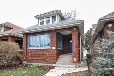 Single Family Home For Sale: 637 Clarence Avenue