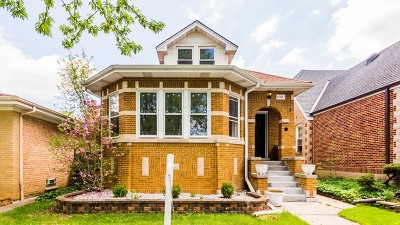 Chicago Single Family Home For Sale: 6307 North Melvina Avenue