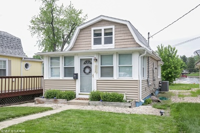 Fox River Grove Single Family Home Contingent: 312 North River Road