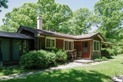 Libertyville Single Family Home For Sale: 15640 West Buckley Road