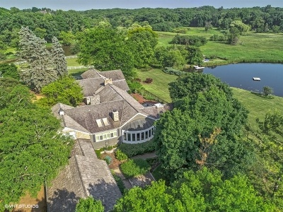 Barrington Hills Single Family Home For Sale: 32 Oak Knoll Road