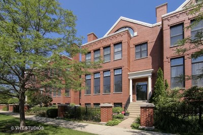 Glenview Condo/Townhouse For Sale: 1895 Admiral Court