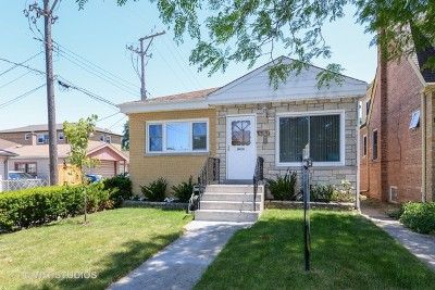 Chicago Single Family Home For Sale: 6363 North Merrimac Avenue