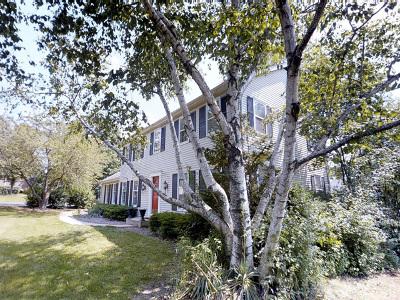 Barrington Single Family Home Price Change: 1417 East Main Street