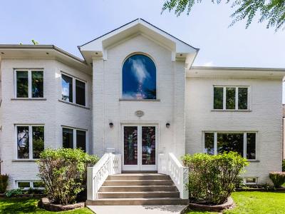 Skokie Single Family Home For Sale: 5121 Birchwood Avenue