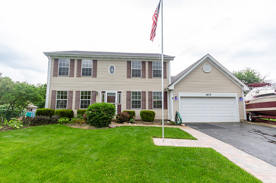 Carol Stream Single Family Home For Sale: 1075 Oak Wood Drive