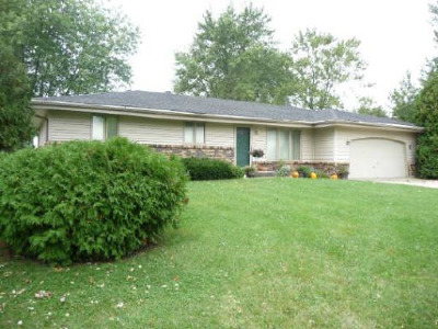 Ogle County Single Family Home Contingent: 8366 North Canary Drive