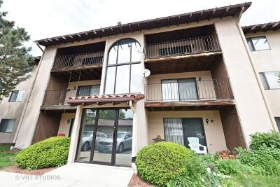 Lombard Condo/Townhouse For Sale: 21w581 North Avenue #74