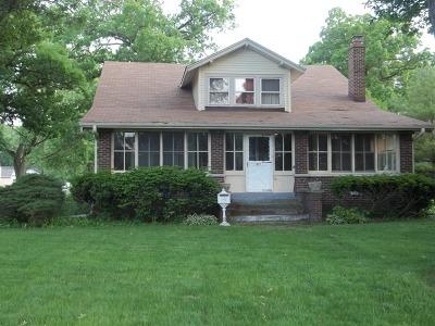 Thornton Single Family Home For Sale: 621 East Margaret Street