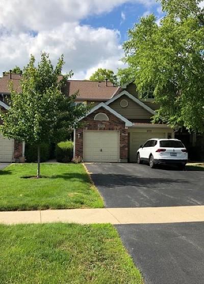 Carol Stream Condo/Townhouse For Sale: 1075 Rockport Drive