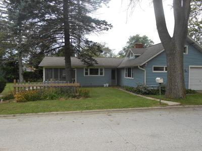 Harvard Single Family Home For Sale: 701 West Burbank Street