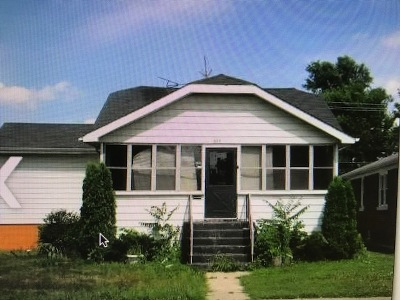 Calumet City  Single Family Home For Sale: 579 Freeland Avenue