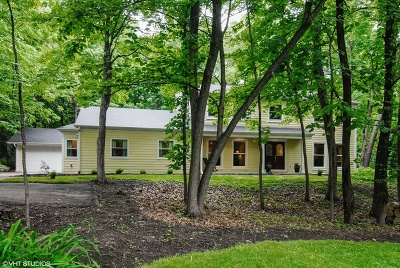 St. Charles Single Family Home Contingent: 4n172 Thornapple Road