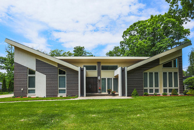 Burr Ridge Single Family Home For Sale: 11s058 Palisades Road