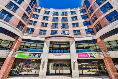 Condo/Townhouse Re-Activated: 350 West Belden Avenue #405