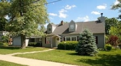 West Chicago Single Family Home For Sale: 106 East National Street