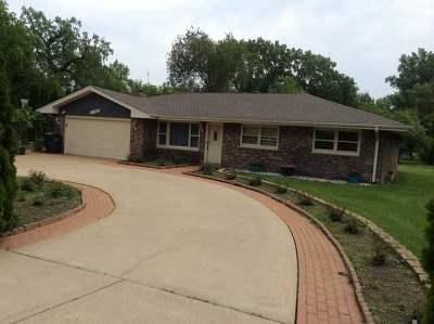 Roselle Single Family Home For Sale: 6n241 Virginia Road