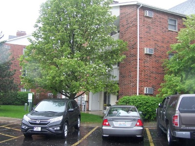 Lake In The Hills Rental For Rent: 1343 Cunat Court #1C