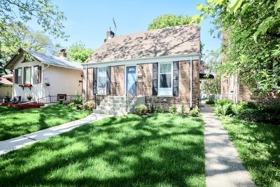 Brookfield Single Family Home For Sale: 4002 Raymond Avenue