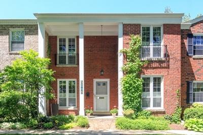 Hinsdale Condo/Townhouse For Sale: 5718 South Park Avenue