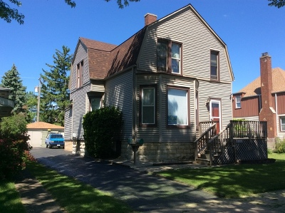Brookfield Multi Family Home For Sale