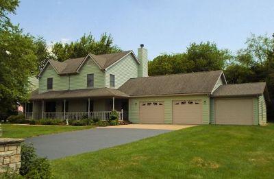 Ogle County Single Family Home For Sale: 9811 Elizabeth Terrace