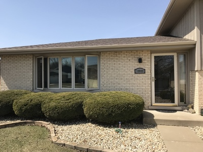 Orland Park Single Family Home For Sale: 14000 Charleston Drive