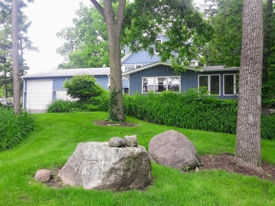 East Dundee Single Family Home For Sale: 500 Regan Drive