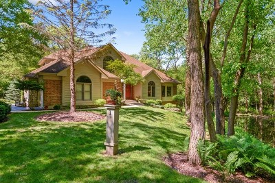 Barrington Single Family Home For Sale: 1 Burning Oak Trail