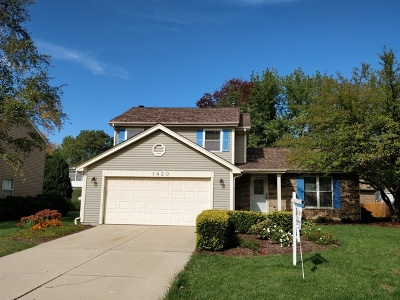 Downers Grove IL Single Family Home For Sale: $365,000