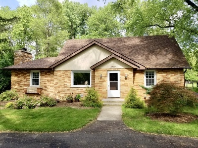 Wheaton Single Family Home For Sale: 1n009 Barry Avenue
