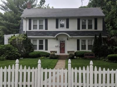 Joliet Single Family Home For Sale: 1421 East Washington Street
