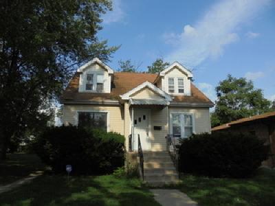 Dolton  Single Family Home For Sale: 14244 Evans Avenue